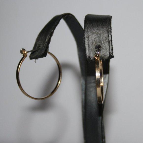 """Beautiful gold hoop earrings 1"""""""